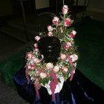 Urnenkranz hochgesteckt mit Rosen